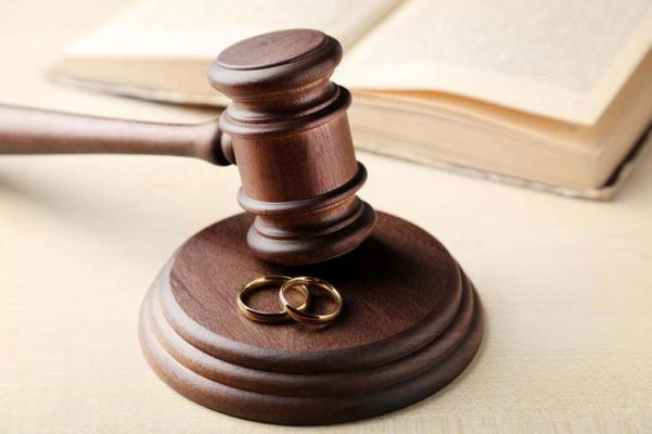 Experienced North Carolina Family Lawyer Guides You Through the Process of Divorce